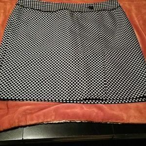 Navy & white ann taylor skirt